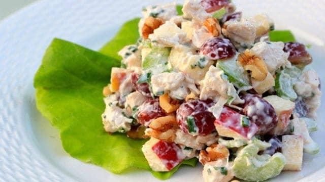 how to make classic waldorf salad