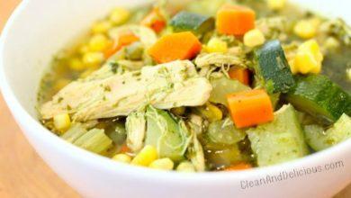Green Chicken + Veggie Soup - Clean & Delicious.com
