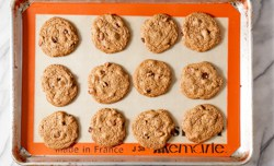 fresh baked oatmeal chocolate chip cookies