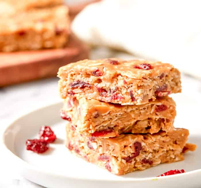 no bake cranberry oatmeal bars