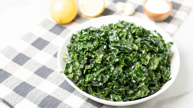 simple_kale_salad