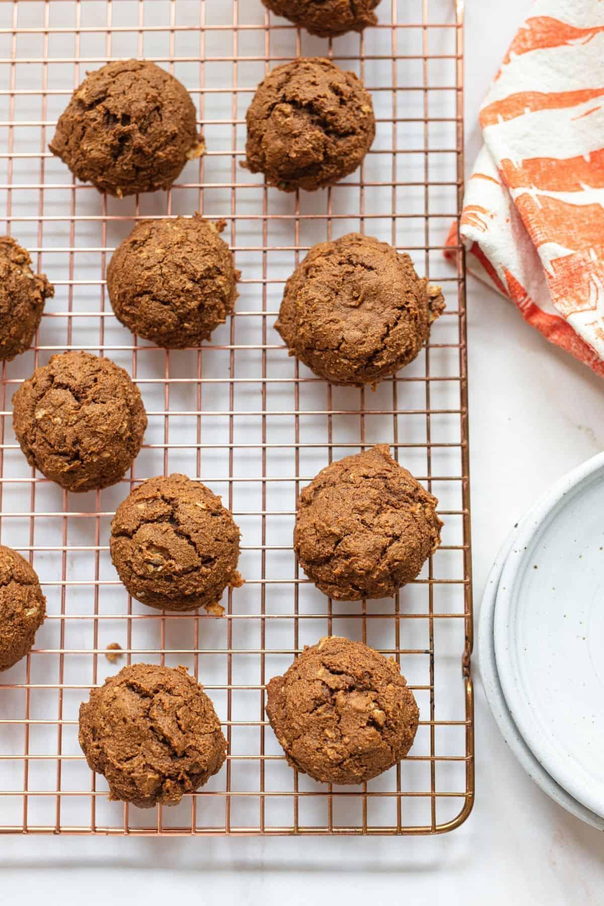 oatmeal pumpkin cookies on a cooling rack