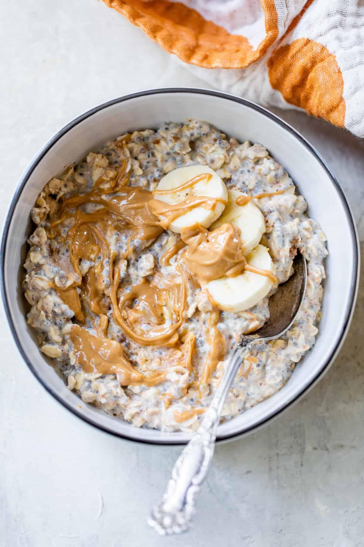 bowl of banana overnight oats